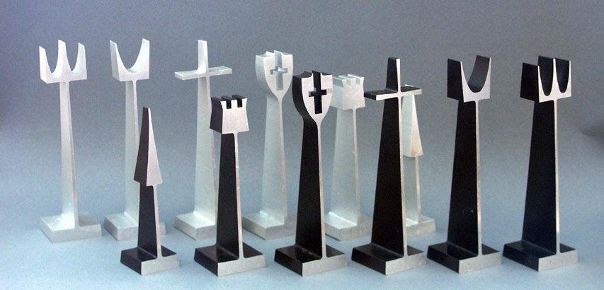 Rare Aluminum Chess Set By Austin Enterprises For Alcoa