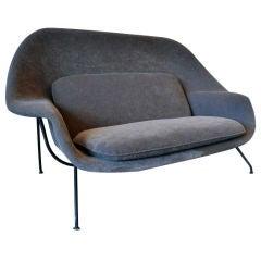"Rare and early ""Womb"" settee by Eero Saarinen"
