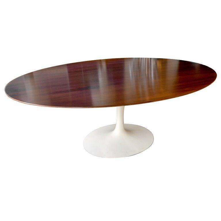 Eero saarinen oval dining table - Oval saarinen dining table ...