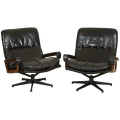 Pair of Rare King Chairs by Andre Vandenbueck for Strassel International