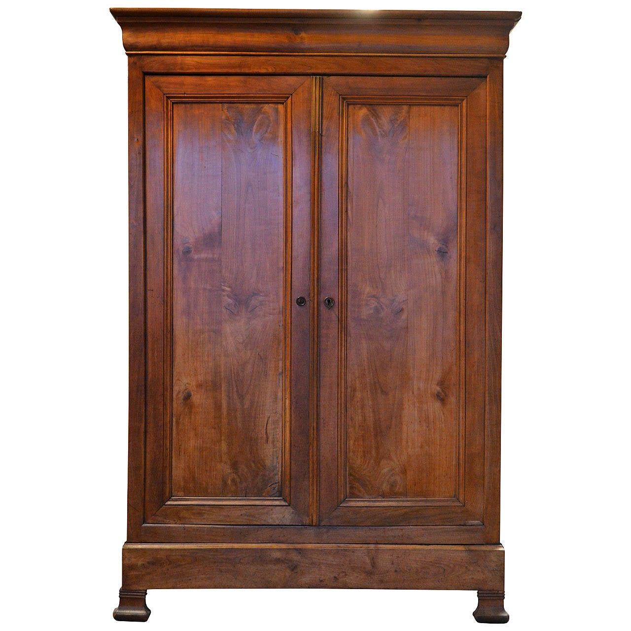 louis philippe armoire in cherry at 1stdibs. Black Bedroom Furniture Sets. Home Design Ideas