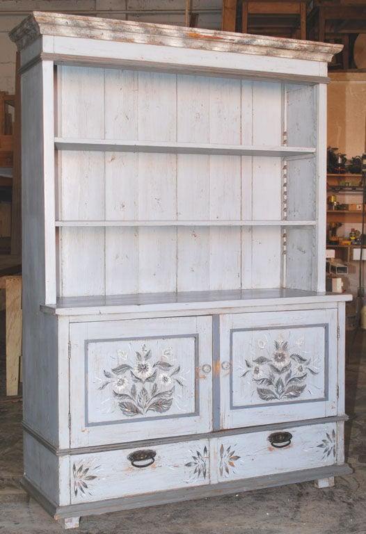 Baltic Buffet or Hutch Painted Gustavian Gray In Good Condition For Sale In Los Angeles, CA