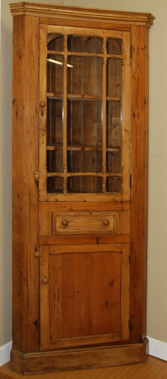 19th Century Antique Irish Corner Cupboard For Sale