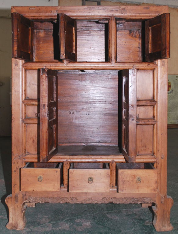 Chinese Antique Cabinet in Elm For Sale - Antique Cabinet In Elm For Sale At 1stdibs