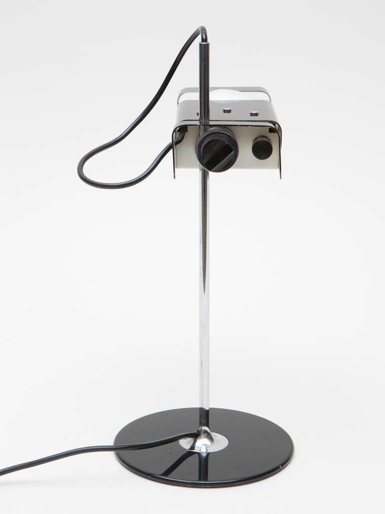 Joe colombo spider lamp at 1stdibs for What is a spider lamp