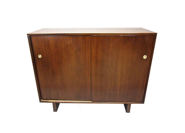 Mid-Century Modern Pair of His and Hers Dressers by Widdicomb 1949 Made in USA For Sale