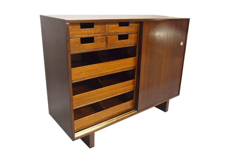 Pair of His and Hers Dressers by Widdicomb 1949 Made in USA For Sale 1