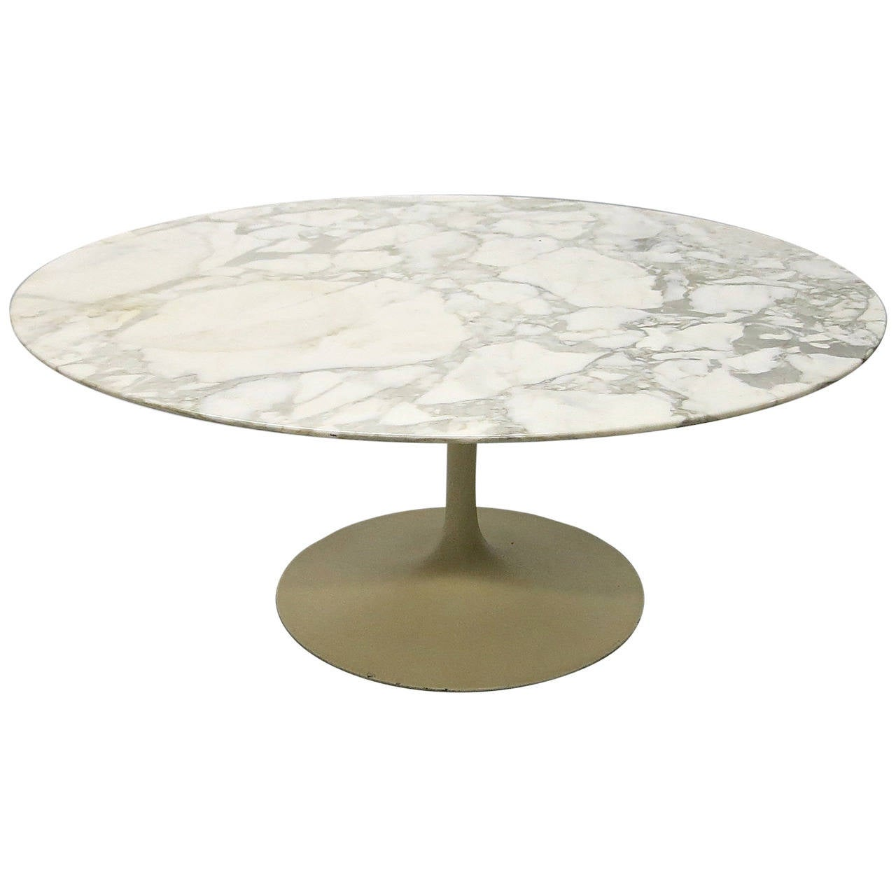 Round marble coffee table designed by eero saarinen for knoll usa circa 1960 at 1stdibs Round marble coffee tables