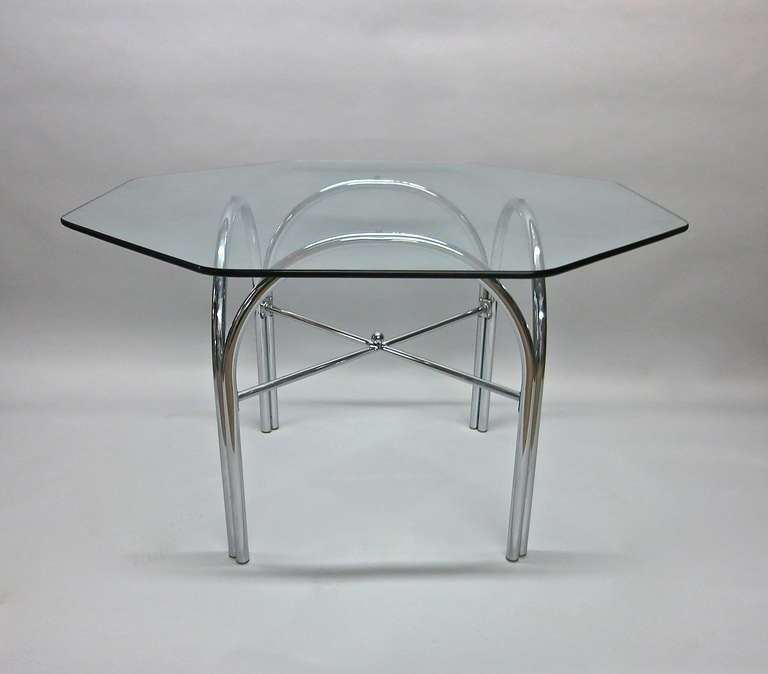 Outdoor dining table with octagonal glass top at 1stdibs for Outdoor dining table glass top