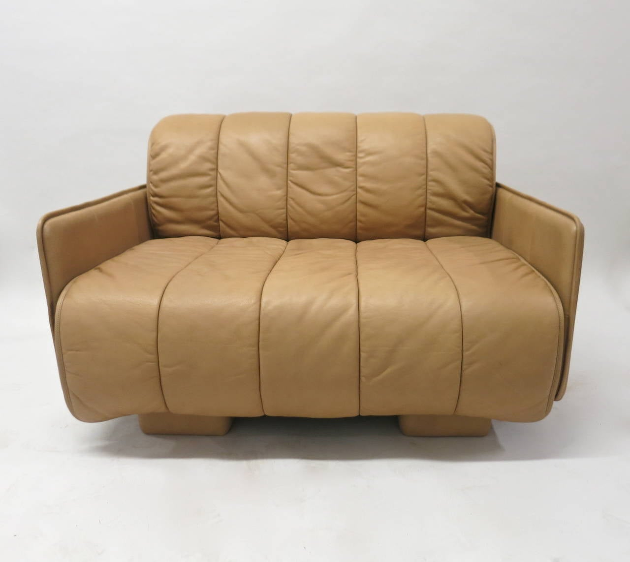 wide lounge chair in leather by de sede switzerland 1986