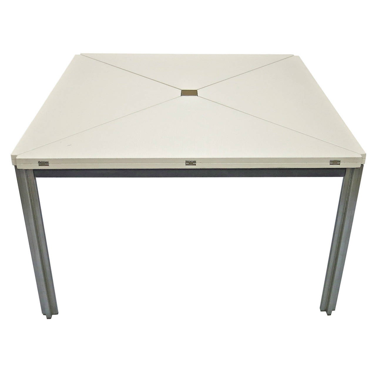 Table T92 Designed in 1960 by Eugenio Gerli and Mario Cristiani for Tecno, Italy