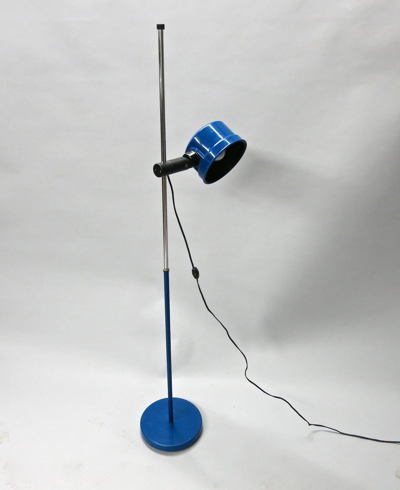 standing floor lamp by kovacs circa 1960 made in usa at 1stdibs. Black Bedroom Furniture Sets. Home Design Ideas