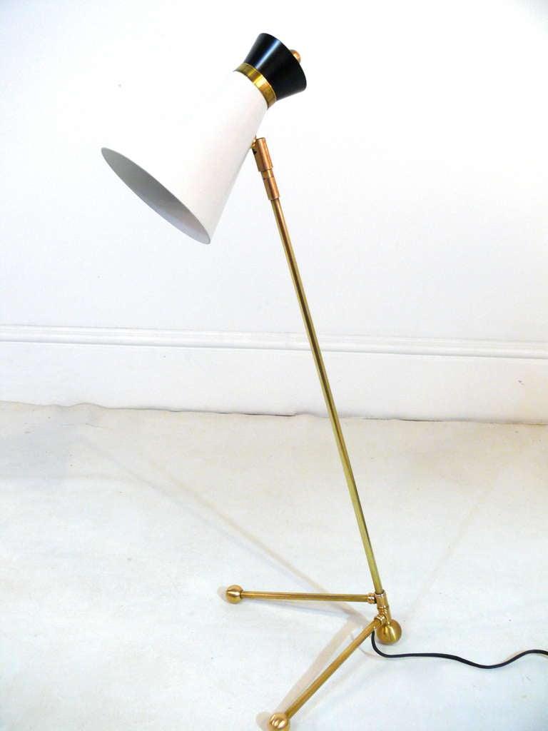 arredoluce grasshopper table lamp at 1stdibs. Black Bedroom Furniture Sets. Home Design Ideas