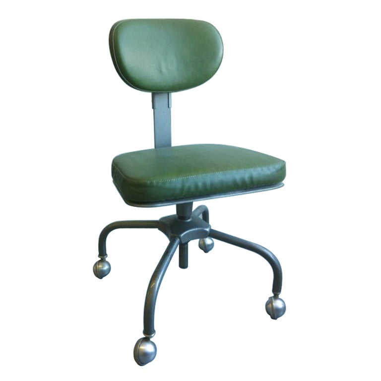 An air flow desk chair by cramer for Cramer furniture