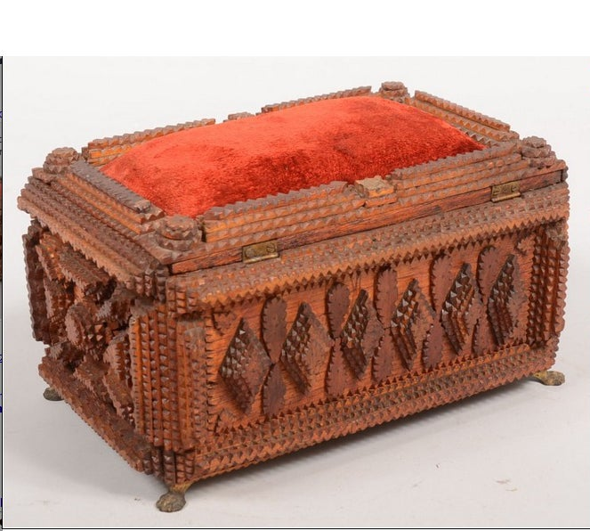 Tramp Art Jewelry Box with Pincushion Top In Good Condition For Sale In NYC, NY