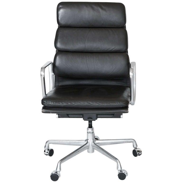 Eames soft pad desk chair at 1stdibs - Eames office chair original ...