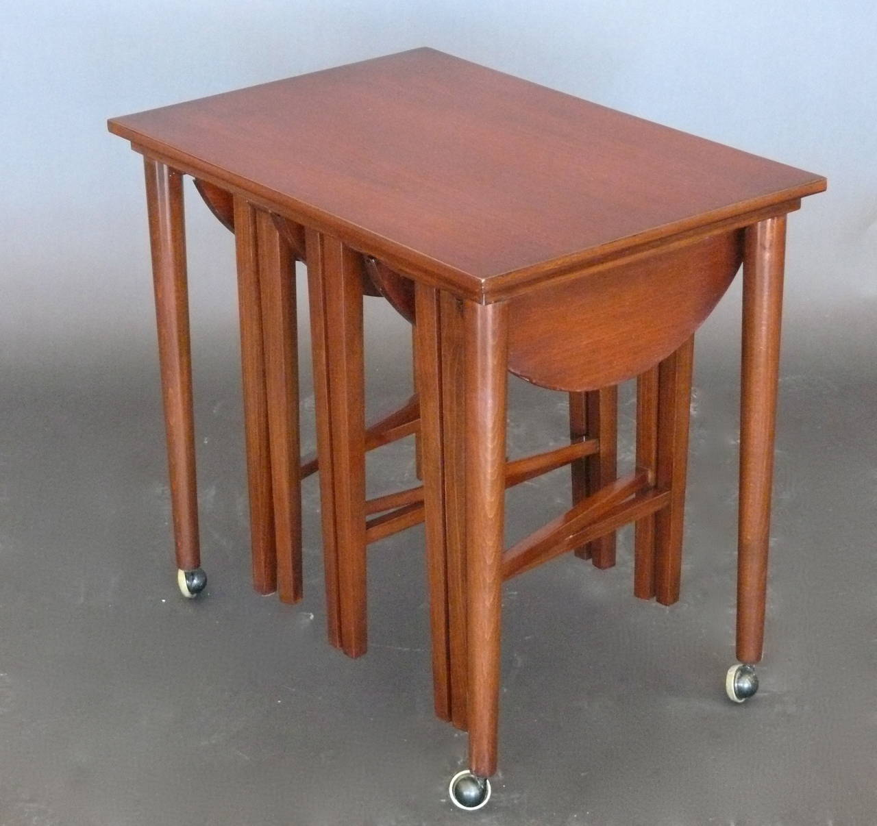 Walnut nesting tables for sale at 1stdibs for Table th means