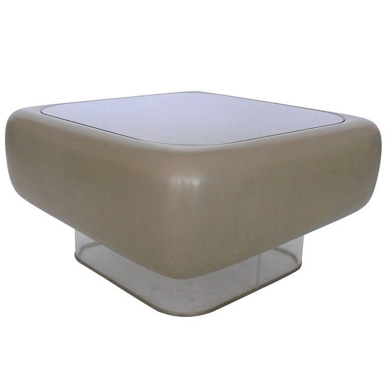 Warren platner fiberglass coffee table at 1stdibs for Warren platner coffee table
