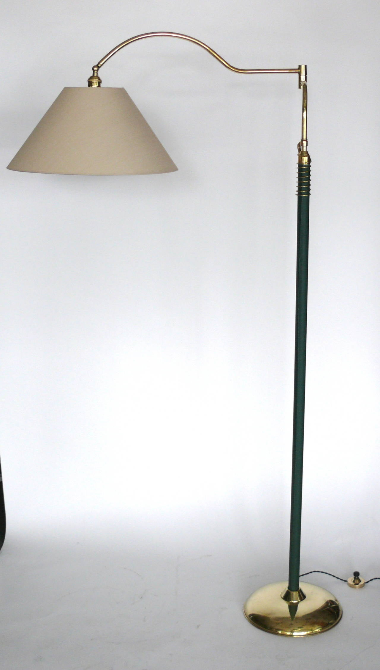 Articulating floor lamp by arredoluce for sale at 1stdibs for Arredo luce
