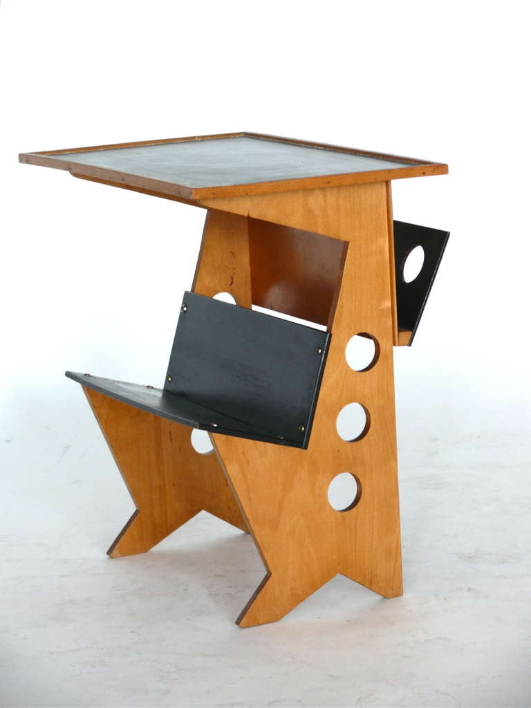 French plywood magazine table at 1stdibs for 13 a table magasin