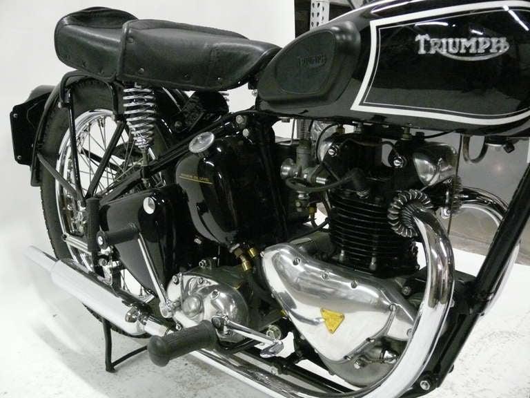 1946 Triumph Model 3T Deluxe 350 image 8