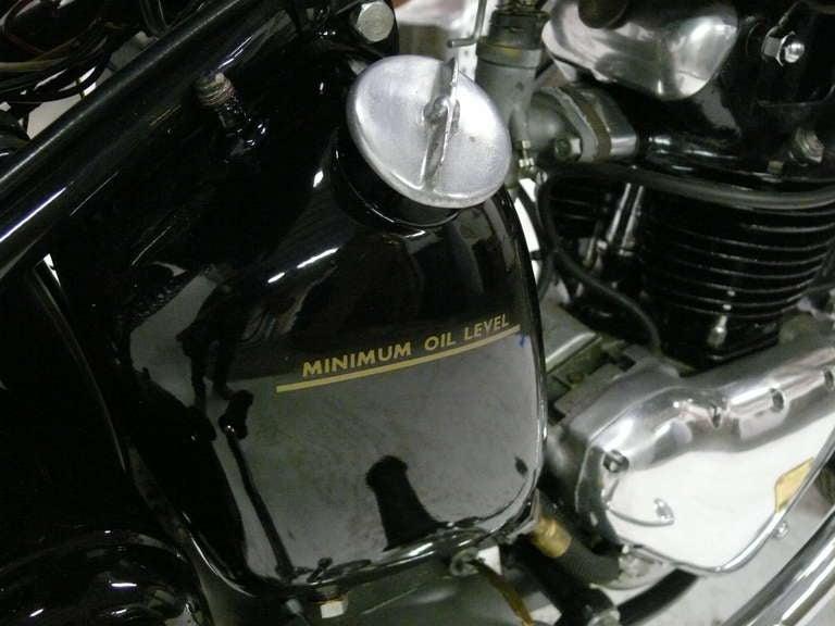 1946 Triumph Model 3T Deluxe 350 image 9