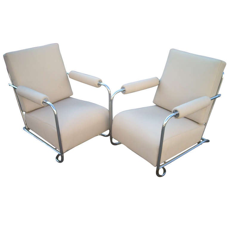 Gilbert Rohde Art Deco Pair Of Armchairs In Chrome And Leather For Troy  Sunshade For Sale