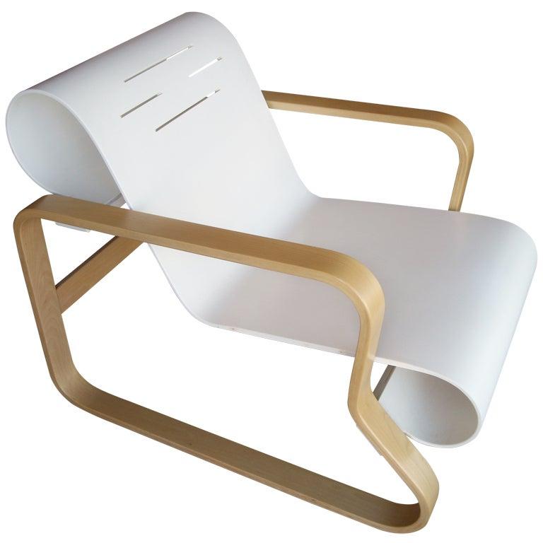 Alvar aalto paimio chair attb to icf artek in bentwood for Alvar aalto chaise