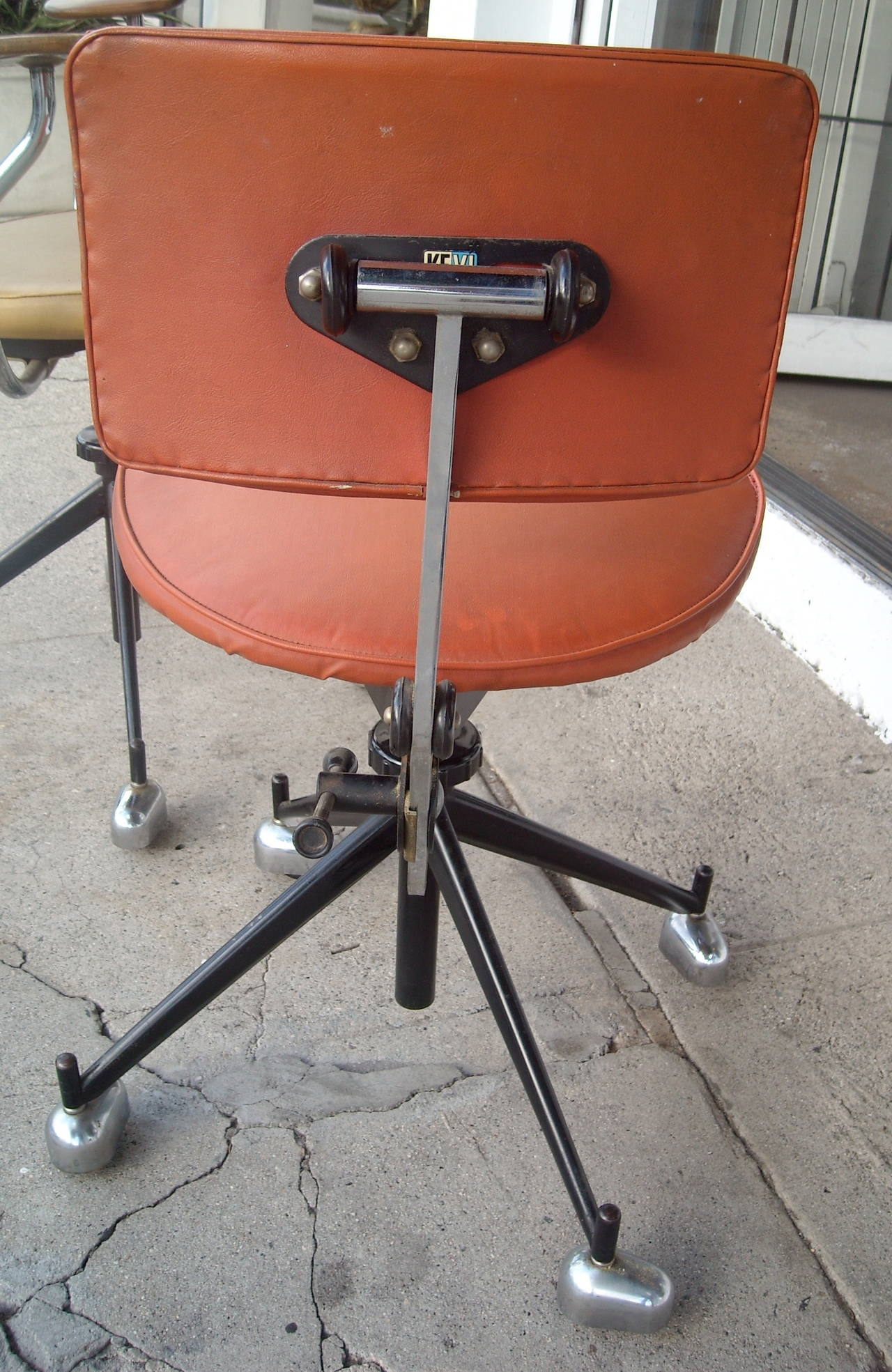 J¸rgen Rasmussen Two Industrial Modern Kevi fice or Desk Chairs