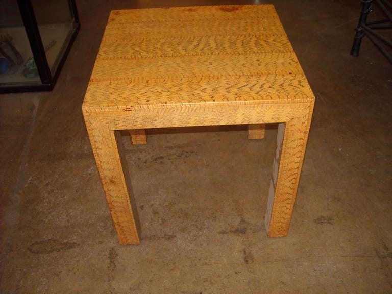 Pavillon Class Jy4121–Table 50x 40x 48cm