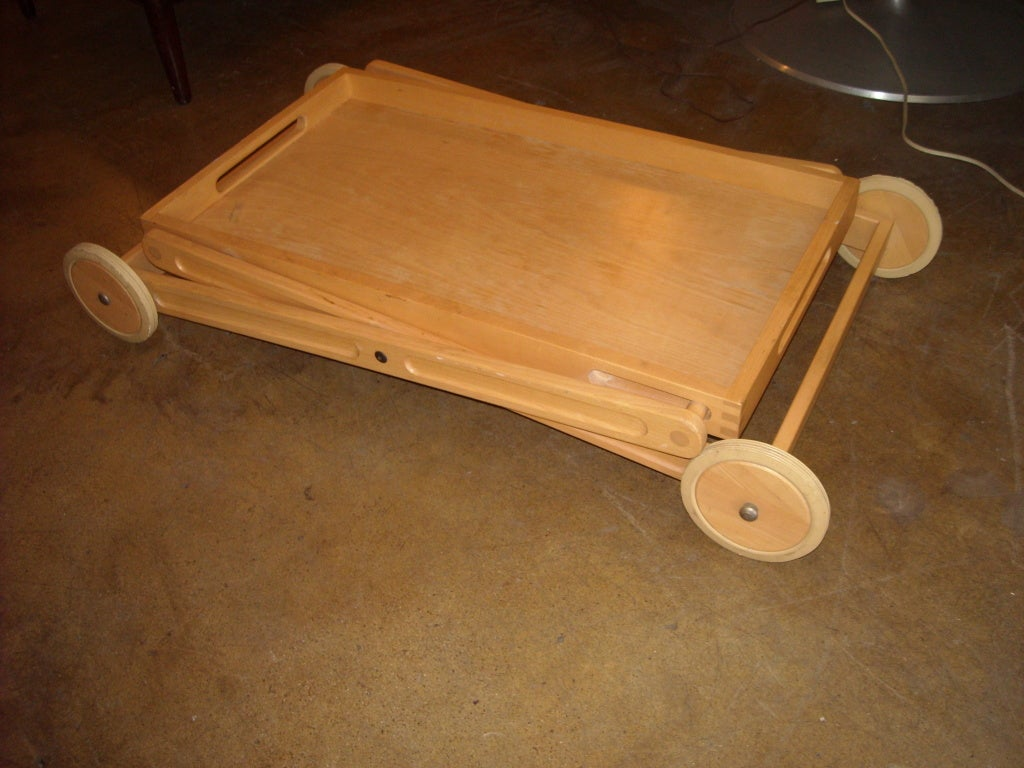 20th Century Rare and easy bar and tea trolley cart by Nissen Denmark For Sale