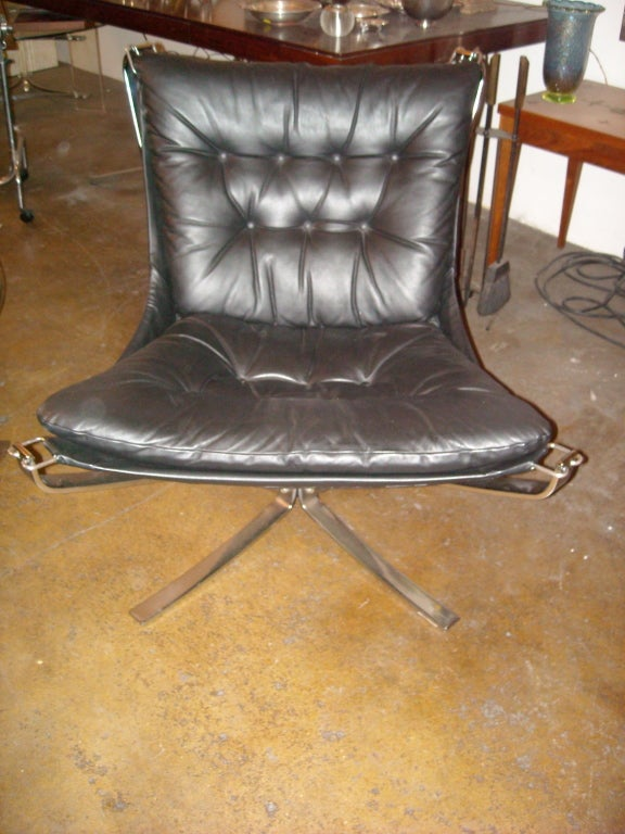 "Sigurd Ressell "" Falcon chair"" chrome and leather, restored new leather 3"