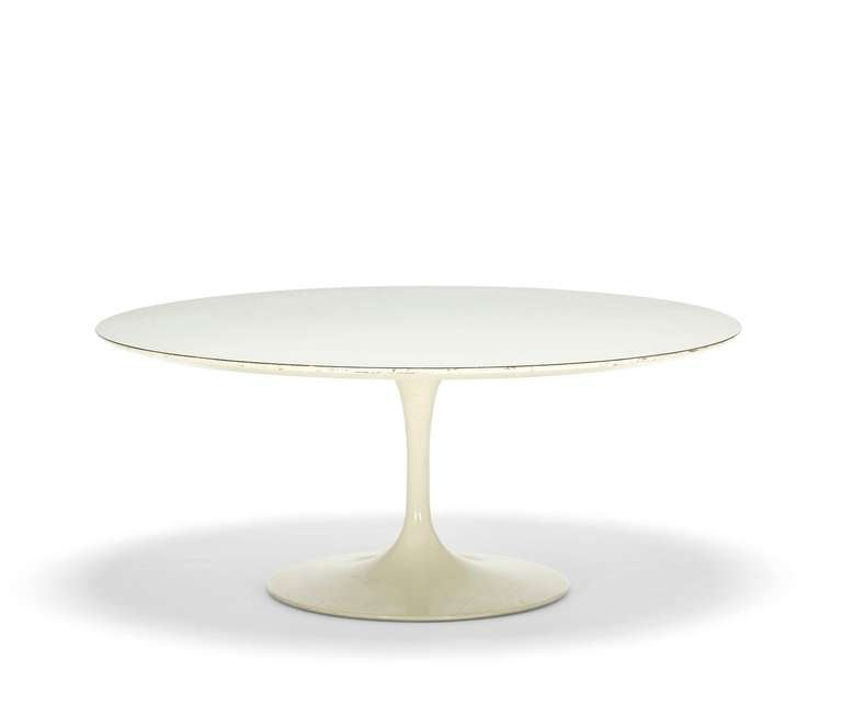 """Tulip"" Coffee Table by Eero Saarinen 4"