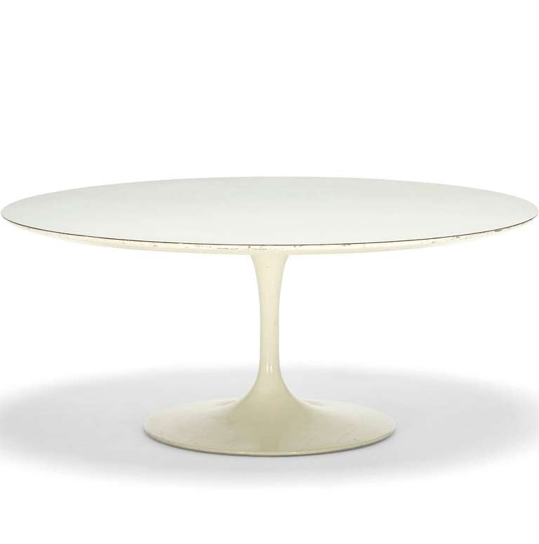 """Tulip"" Coffee Table by Eero Saarinen 2"