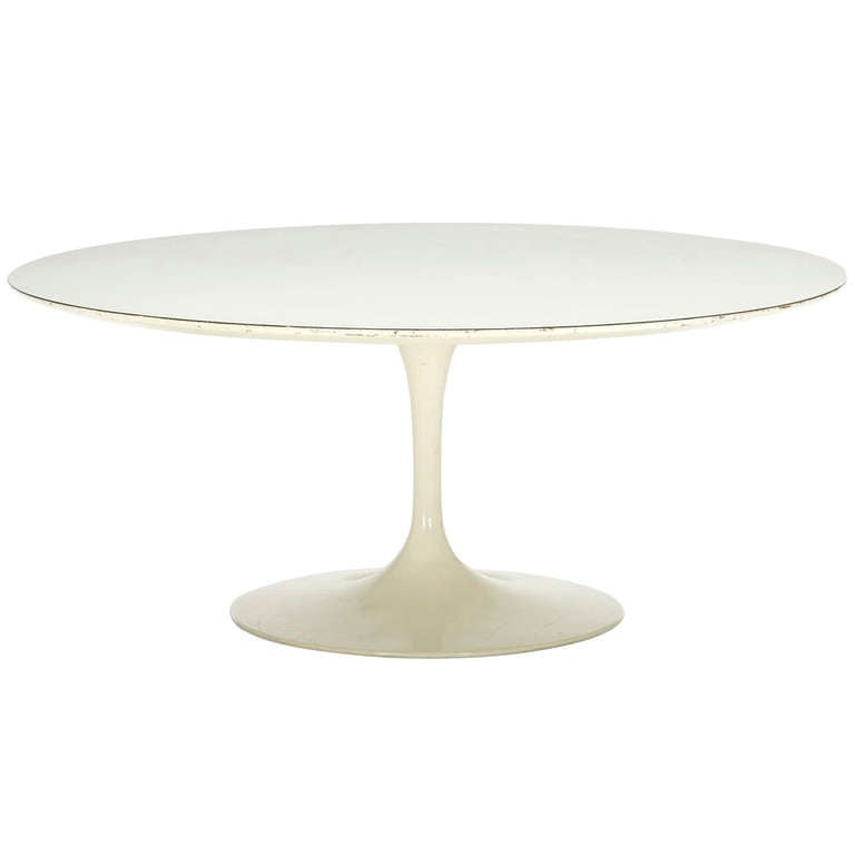 """Tulip"" Coffee Table by Eero Saarinen 1"