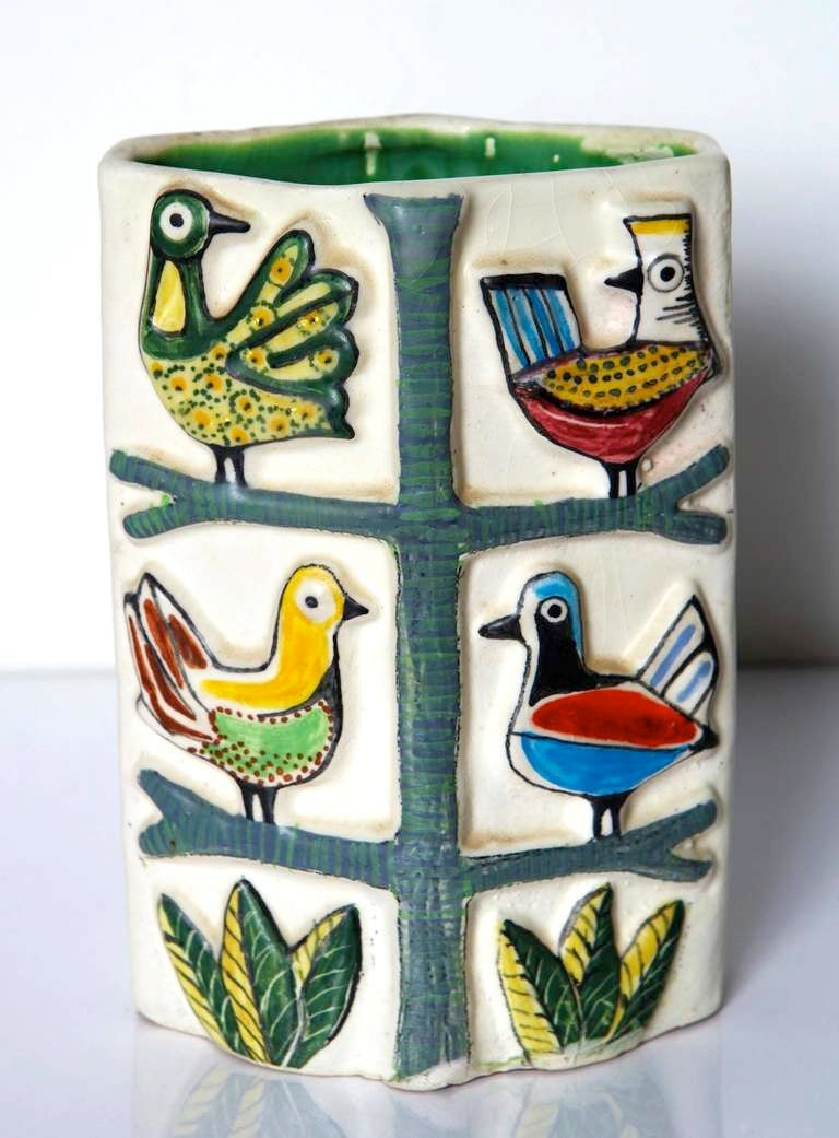 Vase by Tunsi Girard 3