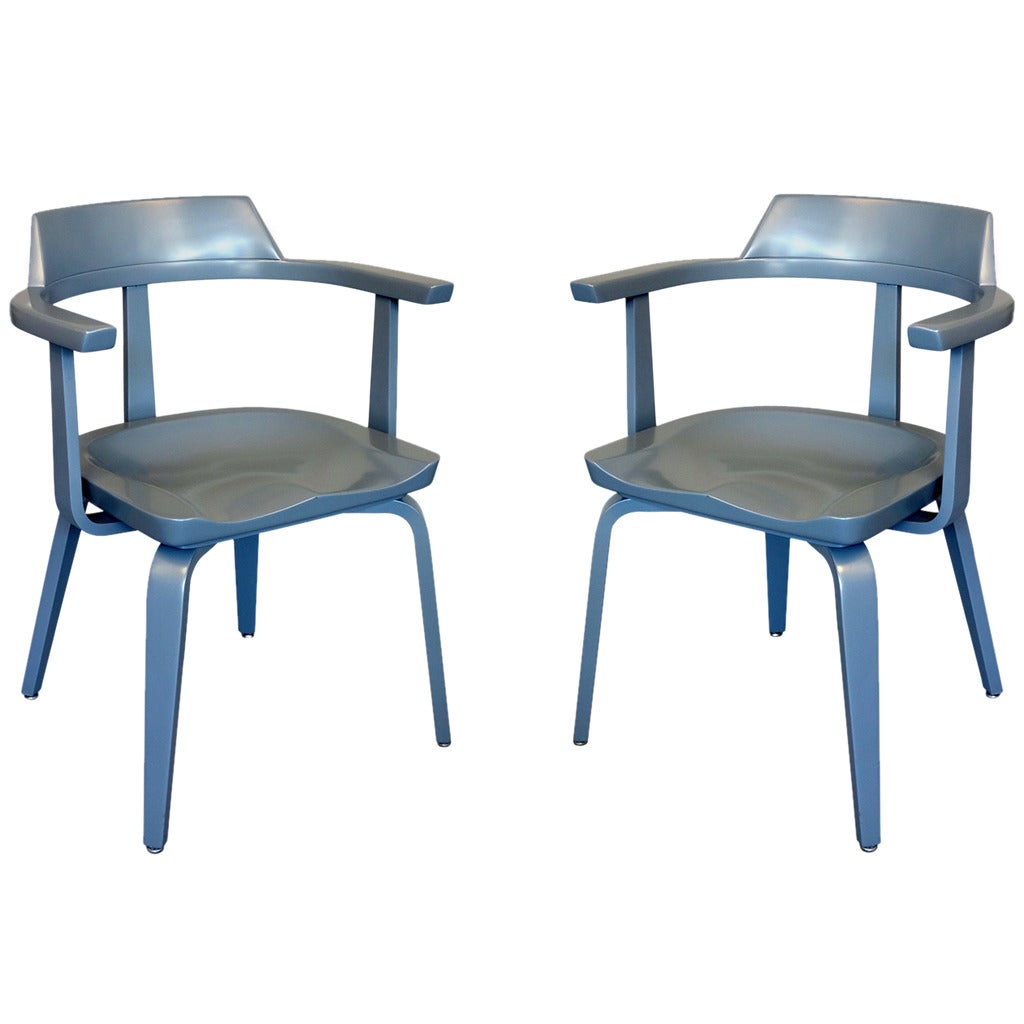 "Pair of ""W199"" Armchairs by Walter Gropius 1"