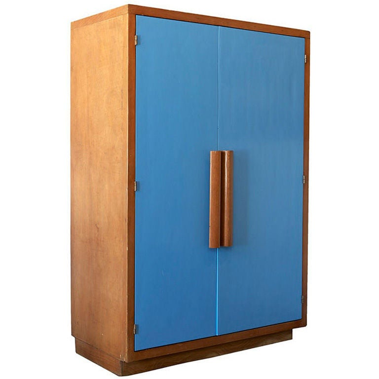 armoire by le corbusier at 1stdibs. Black Bedroom Furniture Sets. Home Design Ideas