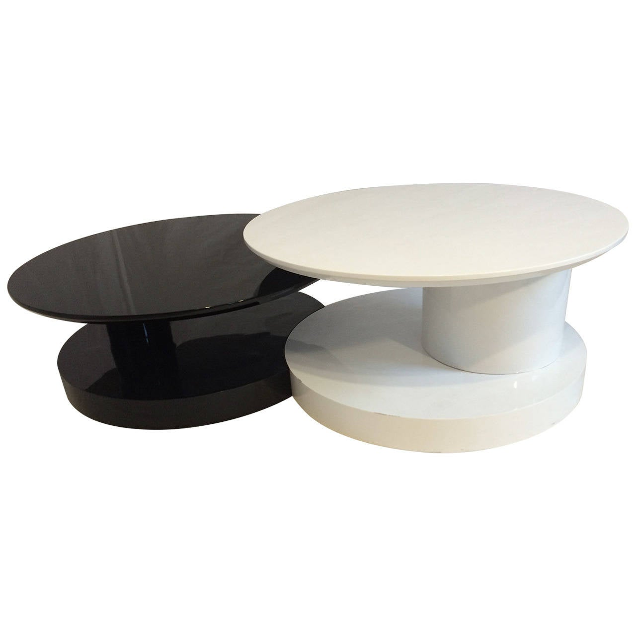 Black and white swivel coffee table at 1stdibs Black and white coffee table