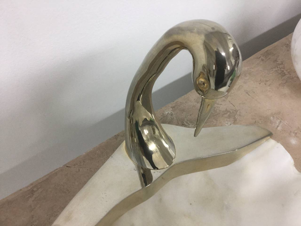 Swan Sculpture with Natural Clam Shell Bowl 4