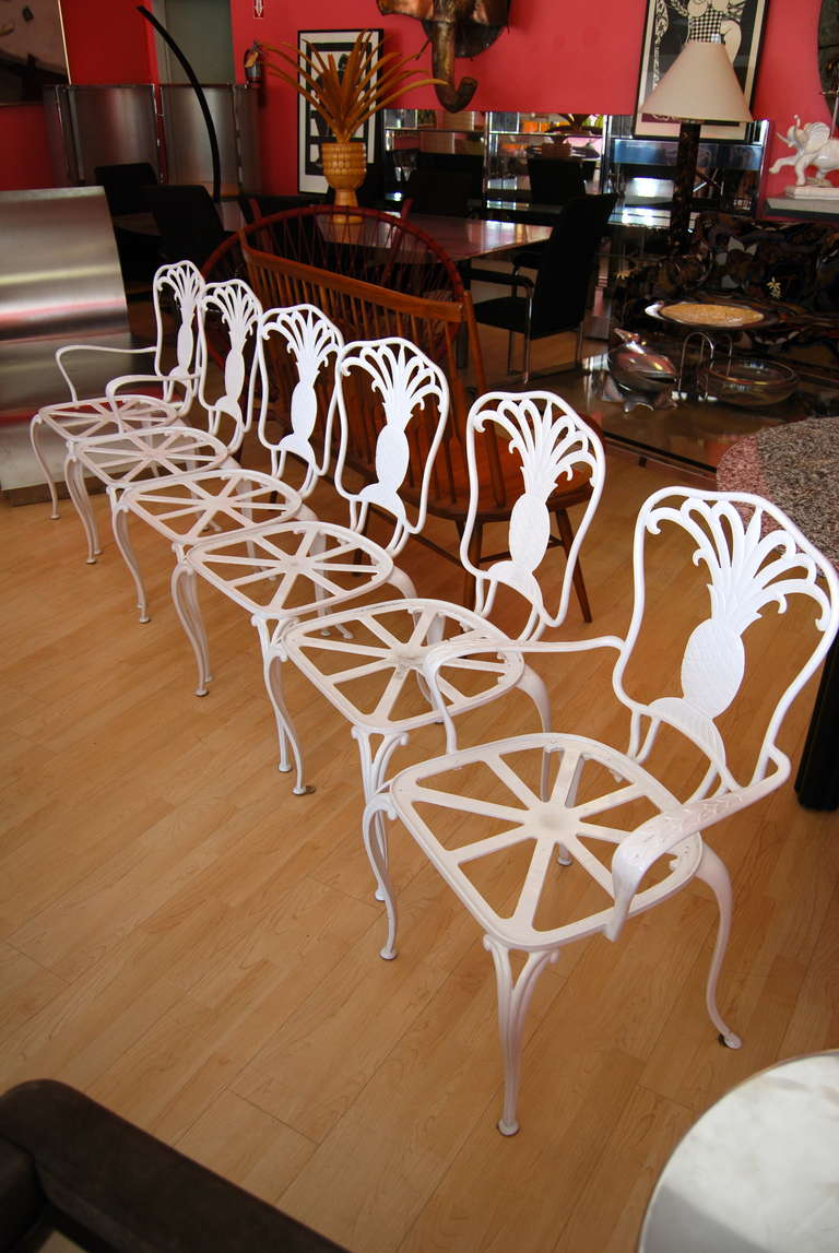 graceful set of six brown jordan pineapple back dining