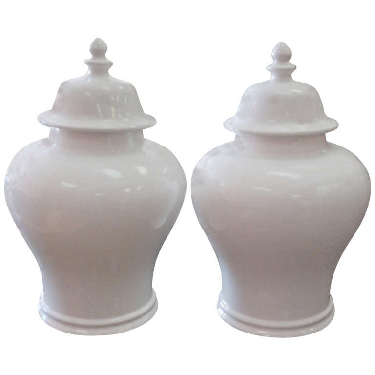 Super Pair Of Large Pure White Italian Ginger Jars At 1stdibs