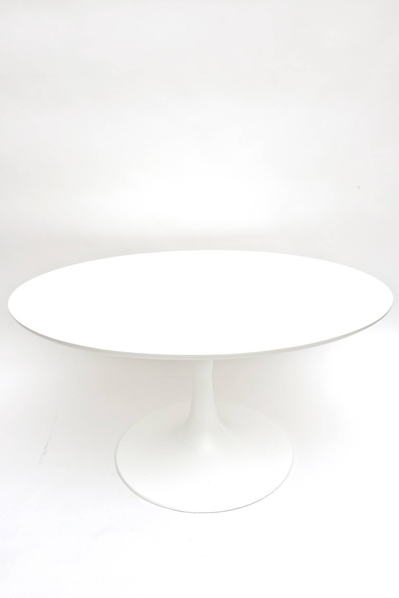 vintage original eero saarinen for knoll oval low side or co