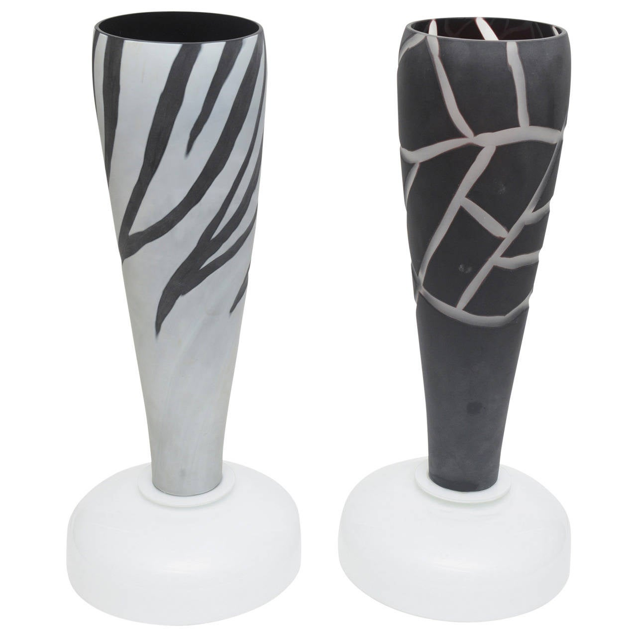Dramatic Pair of Italian Murano Intaglio Etched Glass Table Lamps