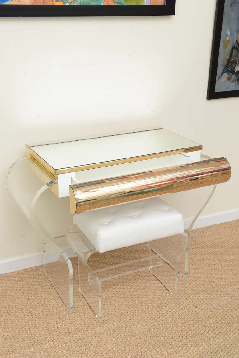 Lucite And Mirrored Vanity With Upholstered Bench Image 10