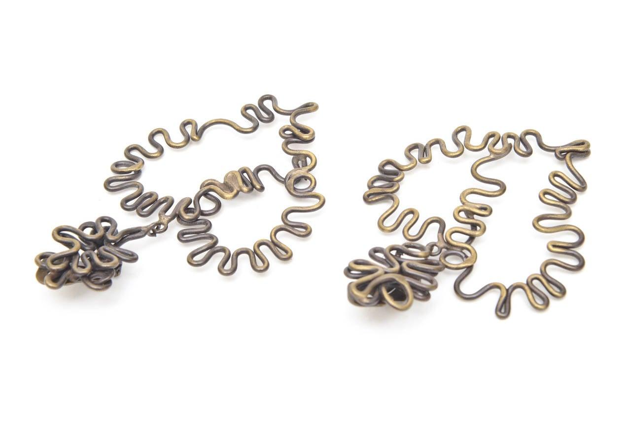 Brass Studio Sculptural Clip On Dangle Earrings Vintage  For Sale 3