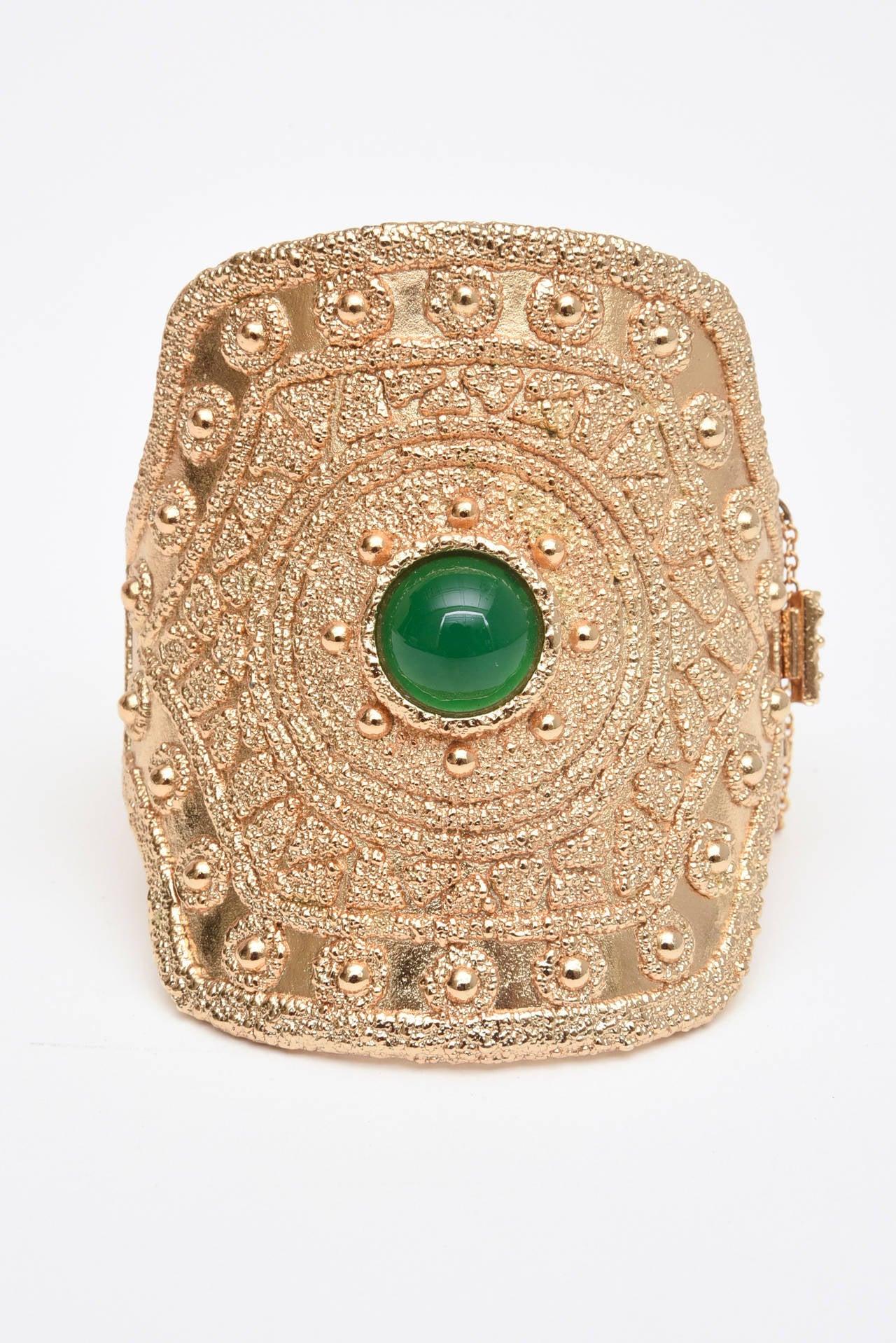 Vintage Napier Textural Gold Plated Green Glass Cuff Bracelet 2