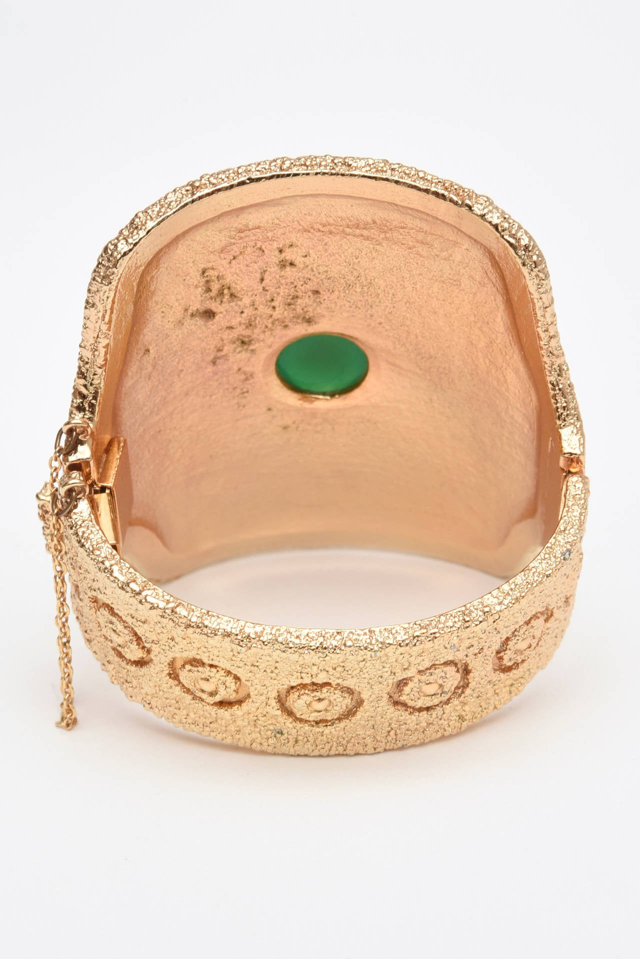 Vintage Napier Textural Gold Plated Green Glass Cuff Bracelet 4