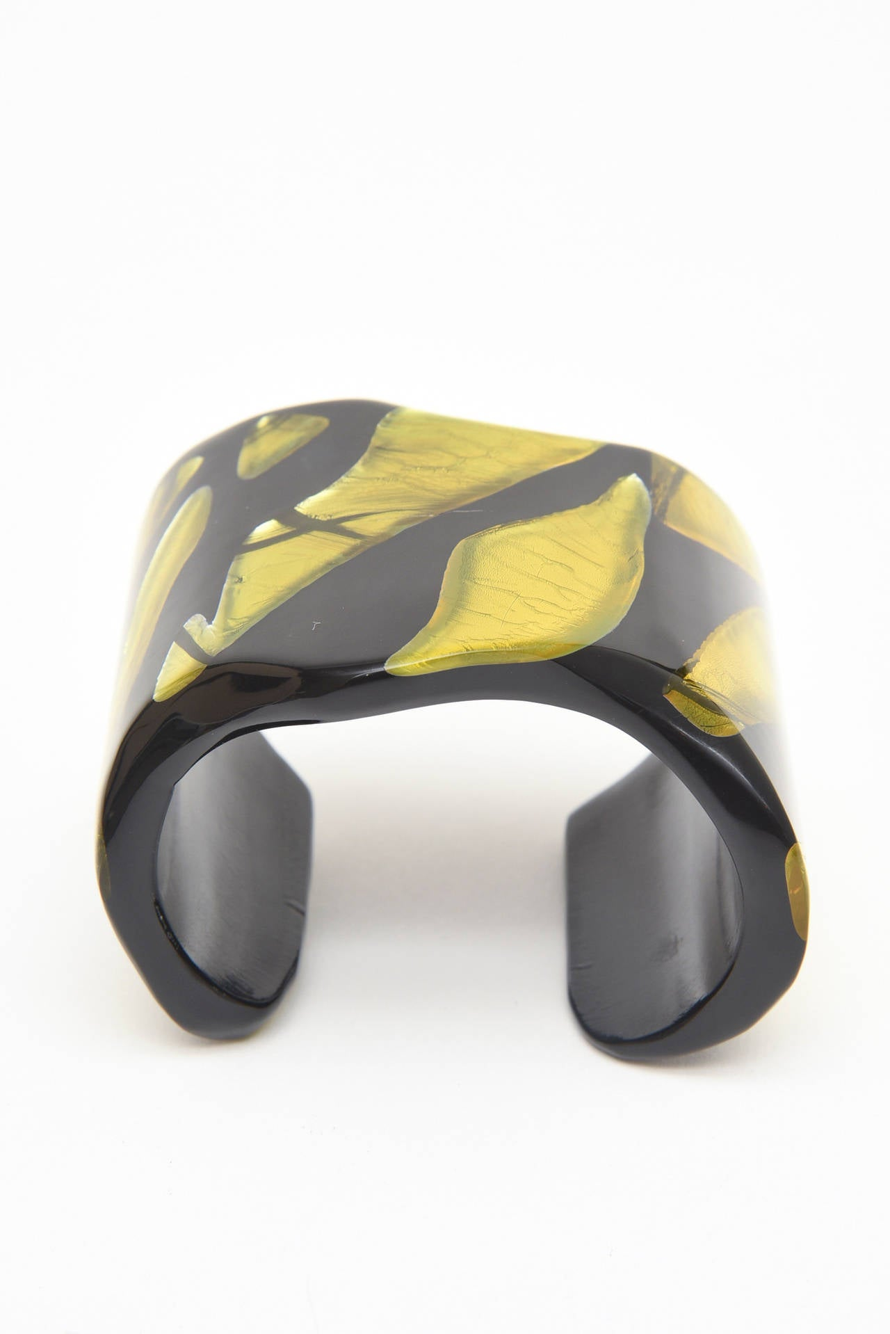Modern Frank Vigneri Signed Plexiglass Sculptural Cuff Bracelet Italian  For Sale