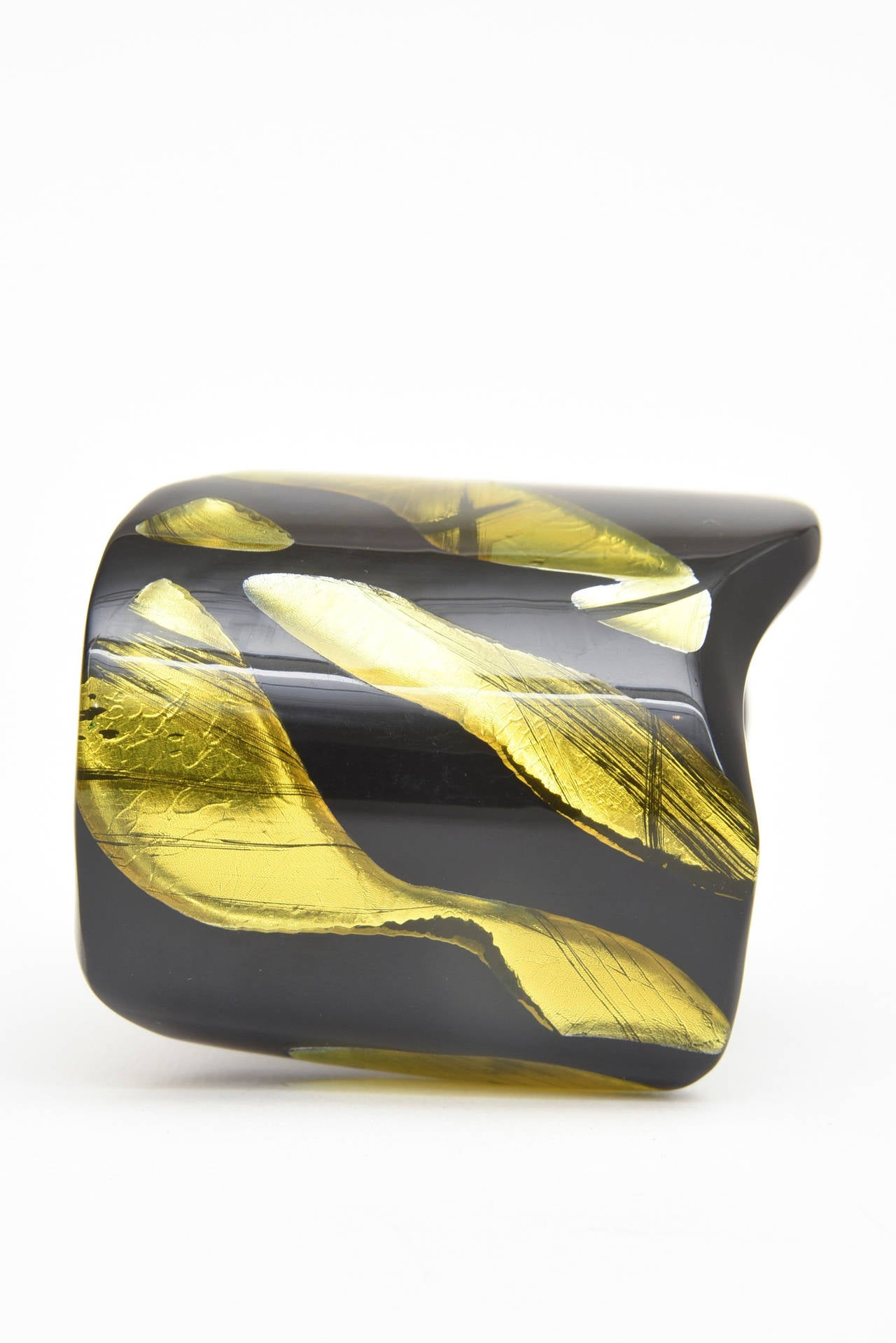 Women's Frank Vigneri Signed Plexiglass Sculptural Cuff Bracelet Italian  For Sale